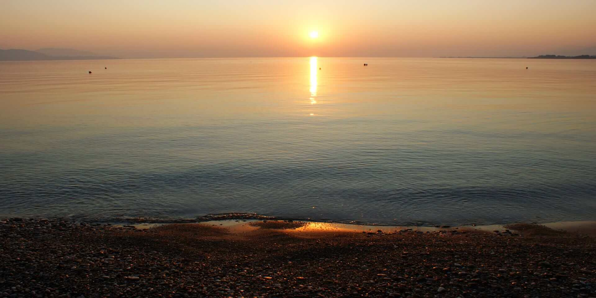 sunrise_in_the_beach_egialia_achaea_peloponnesus