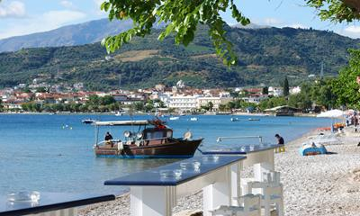 The picturesque seaside resort of Longos/Selianitika in Egialia